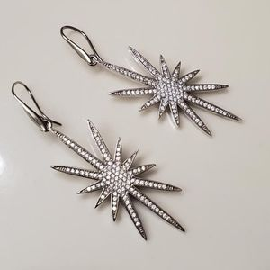 French Micro Peve Star Earrings